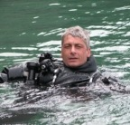 resume simon who is a professional scuba instructor needed a resume ...